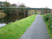 Pipe bridge and unnamed railway bridge (Bridge 132A)