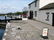 Lock keepers cottage at the Top Lock (No.45)