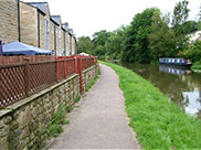 New canalside housing at Stockbridge