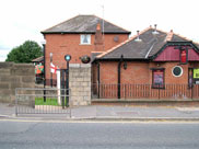 The Moorings pub at Bottom Road bridge (Bridge 99)
