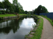 A decent few yards of the canal